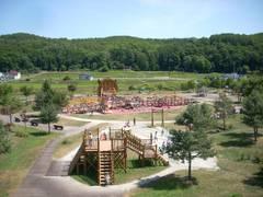 北海道で子供が喜ぶ遊び場・観光スポット25選。イベントやアスレチックなどの体を動かす施設も