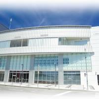 韮崎市役所 市民交流センターニコリ の写真 (2)