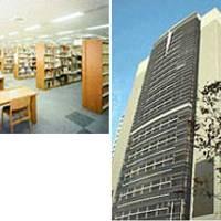 豊田市中央図書館