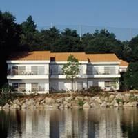 レイクフォレストリゾートホテル