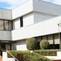 横浜市立 山内図書館