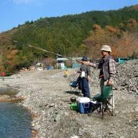 神之川キャンプマス釣り場