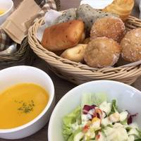 cafe&Dining Bar haco (カフェ&ダイニングバー ハコ)