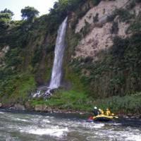 ピースアイランド 信濃川ラフティングツアー の写真 (2)