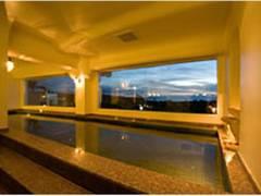 子連れに人気の沖縄のリゾートホテル20選。託児所や和室付きのビーチリゾートまでご紹介。