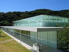 横須賀で雨の日も楽しめる室内遊び場12選!遊具充実の施設や子供向けイベント開催も
