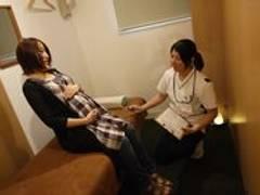 東京で産後の骨盤矯正におすすめな整体院12選!託児やキッスルーム完備から都内の人気店も