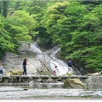 粟又の滝(あわまたのたき)